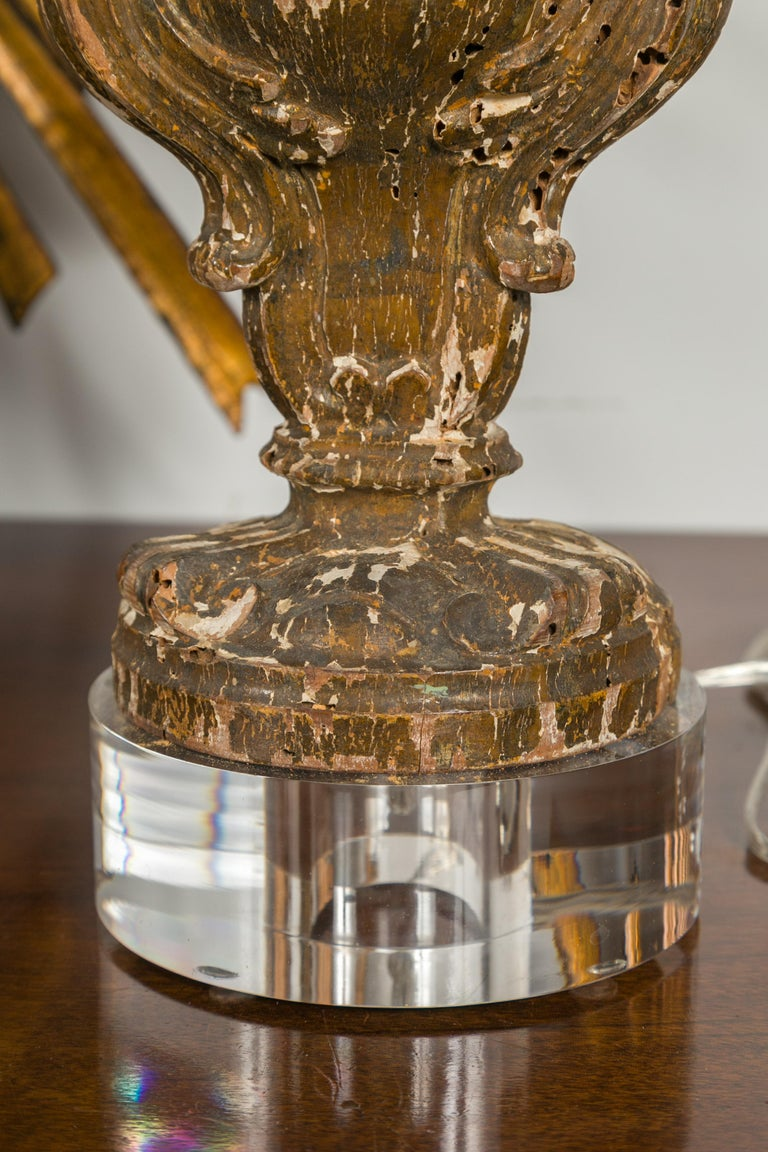 Italian 1820s Baroque Style Carved Fragments Made into Table Lamps on Lucite For Sale 1