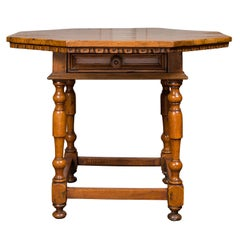 Italian 1820s Walnut Center Table with Octagonal Top and Single Drawer