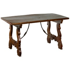 Italian 1820s Walnut Low Fratino Table with Lyre-Shaped Base and Iron Stretchers