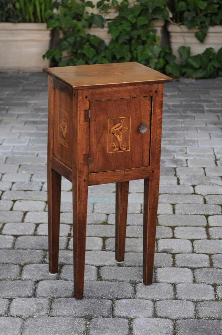Italian, 1840s Neoclassical Style Walnut Nightstand Cabinet with Marquetry Décor For Sale 6