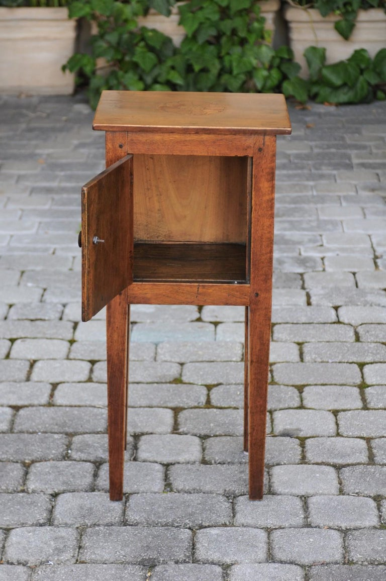 19th Century Italian, 1840s Neoclassical Style Walnut Nightstand Cabinet with Marquetry Décor For Sale