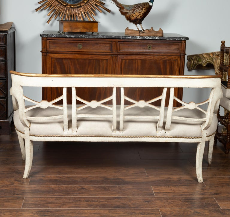 Italian 1860s Painted Wood Bench with Gilded Accents and New Upholstery For Sale 6