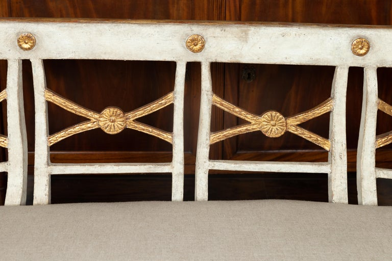 19th Century Italian 1860s Painted Wood Bench with Gilded Accents and New Upholstery For Sale