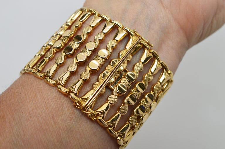 Italian 18 Karat Yellow Gold Wide Ladder Link Bracelet For Sale 6