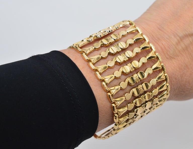 Italian 18 Karat Yellow Gold Wide Ladder Link Bracelet For Sale 1
