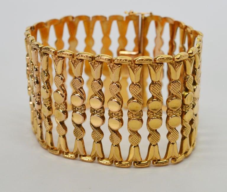 Italian 18 Karat Yellow Gold Wide Ladder Link Bracelet For Sale 5