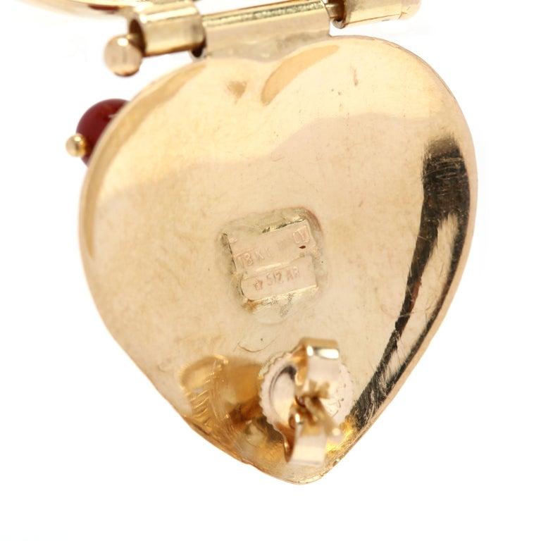Round Cut Italian 18 Karat Gold and Carnelian Double Heart Earrings For Sale