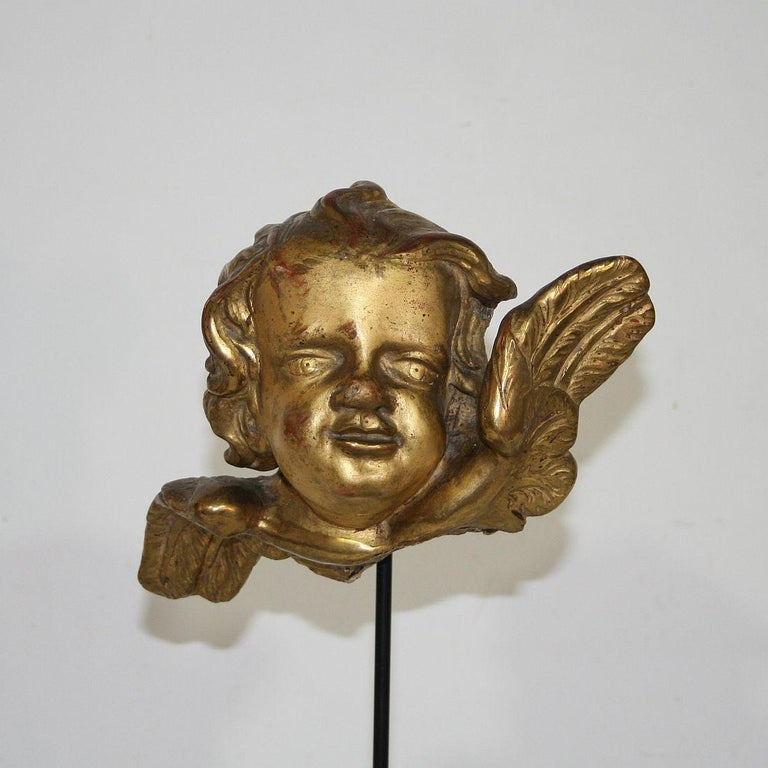 Italian 18th Century Baroque Gilded Angel Heads For Sale 2