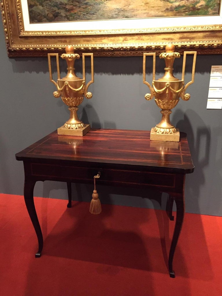 Italian 18th Century Louis XV Writing Table Inlaid Rosewood Center Desk For Sale 14