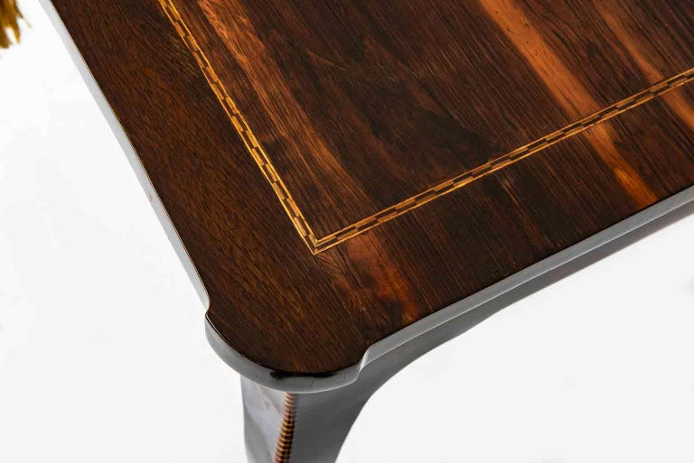 Italian 18th Century Louis XV Writing Table Inlaid Rosewood Center Desk In Good Condition For Sale In Milan, IT