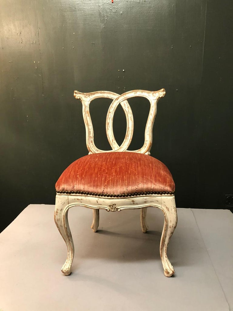 Italian 18th Century Slipper Chair For Sale 2