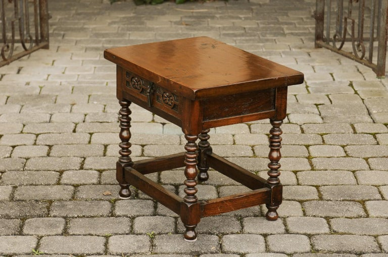 Italian 1900s Walnut Side Table with Drawer, Carved Rosettes and Turned Legs For Sale 7