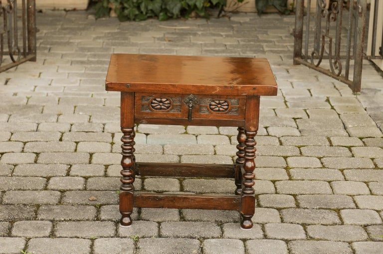 Italian 1900s Walnut Side Table with Drawer, Carved Rosettes and Turned Legs For Sale 8