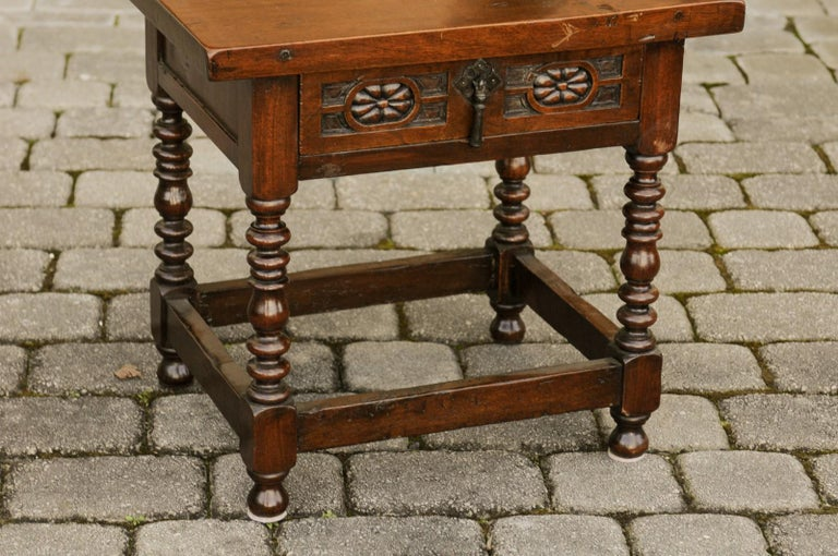 Italian 1900s Walnut Side Table with Drawer, Carved Rosettes and Turned Legs For Sale 2