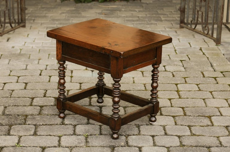 Italian 1900s Walnut Side Table with Drawer, Carved Rosettes and Turned Legs For Sale 5
