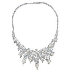 Italian 19.10 Carat Diamond Pearl Gold Necklace