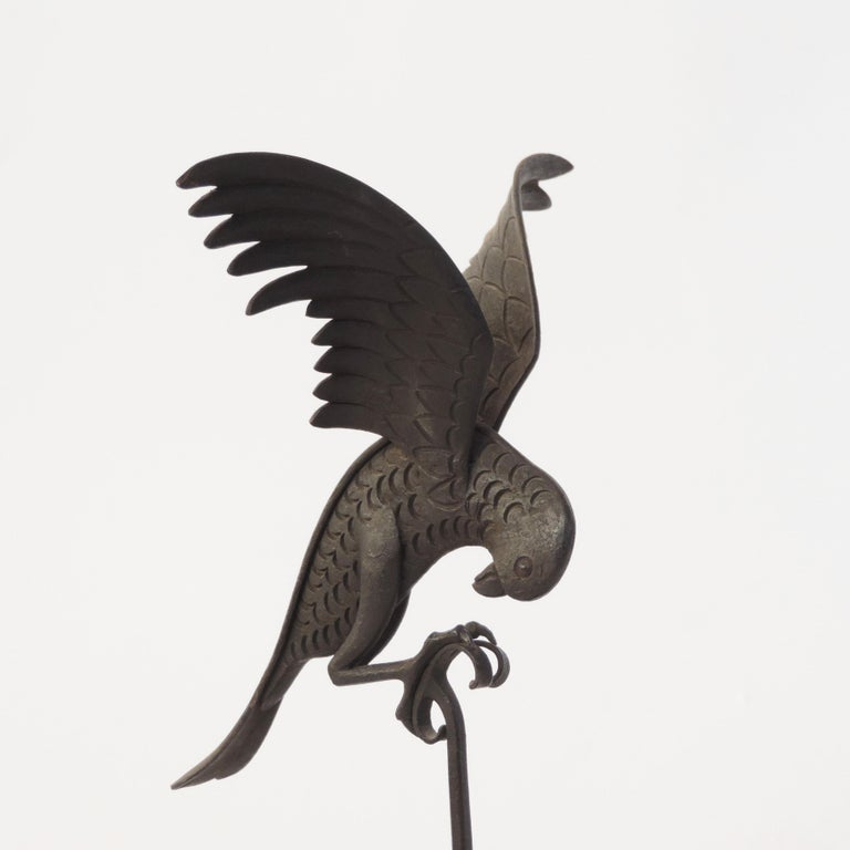 Italian 1920s Art Deco Wrought Iron Parrot on a Marble Base For Sale 2