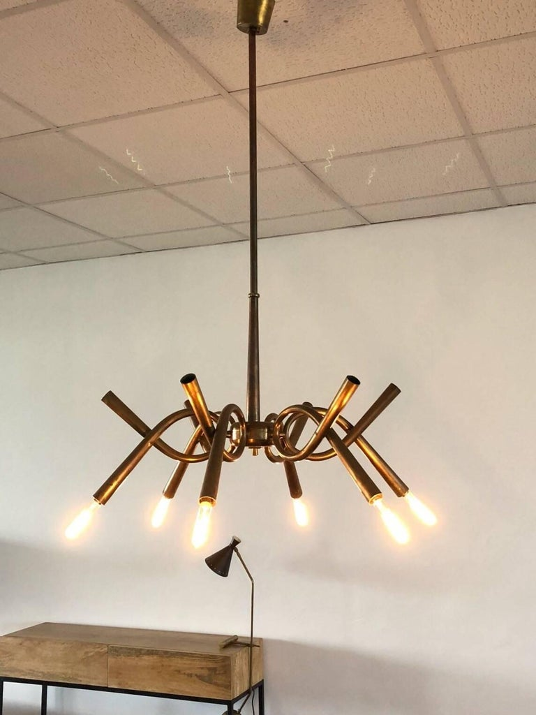 Italian 1940s Brass Chandelier with Twelve-Light Arms For Sale 5