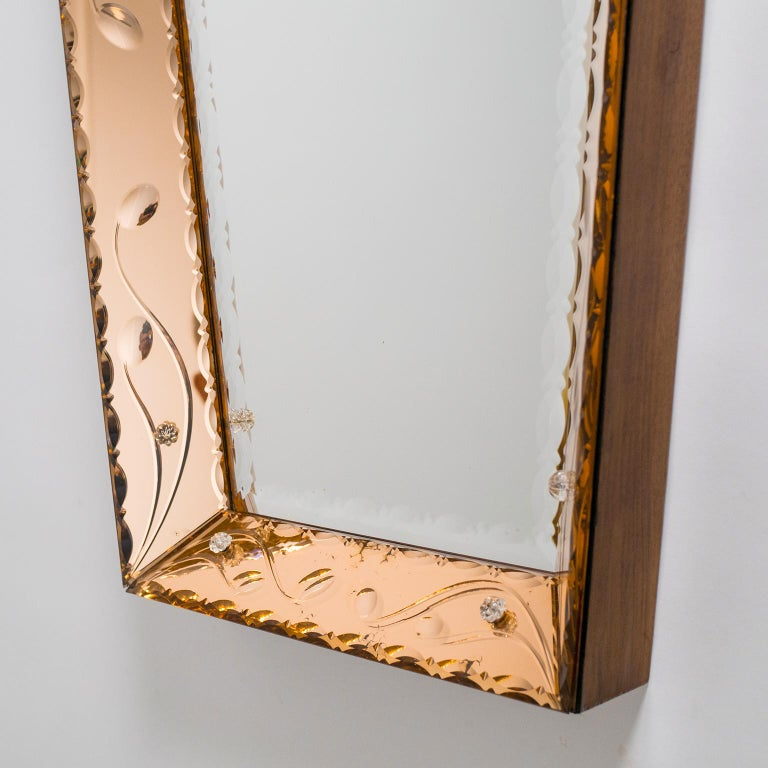 Italian 1940s Cut Crystal Mirror For Sale 1
