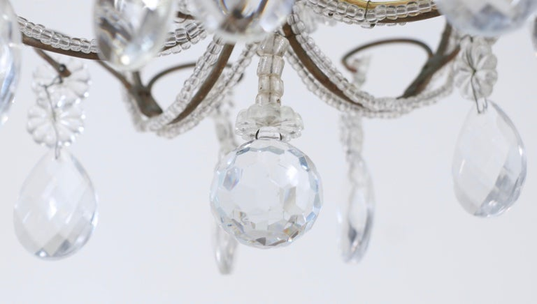 Italian 1940s Italian Crystal Beaded Chandelier For Sale 1