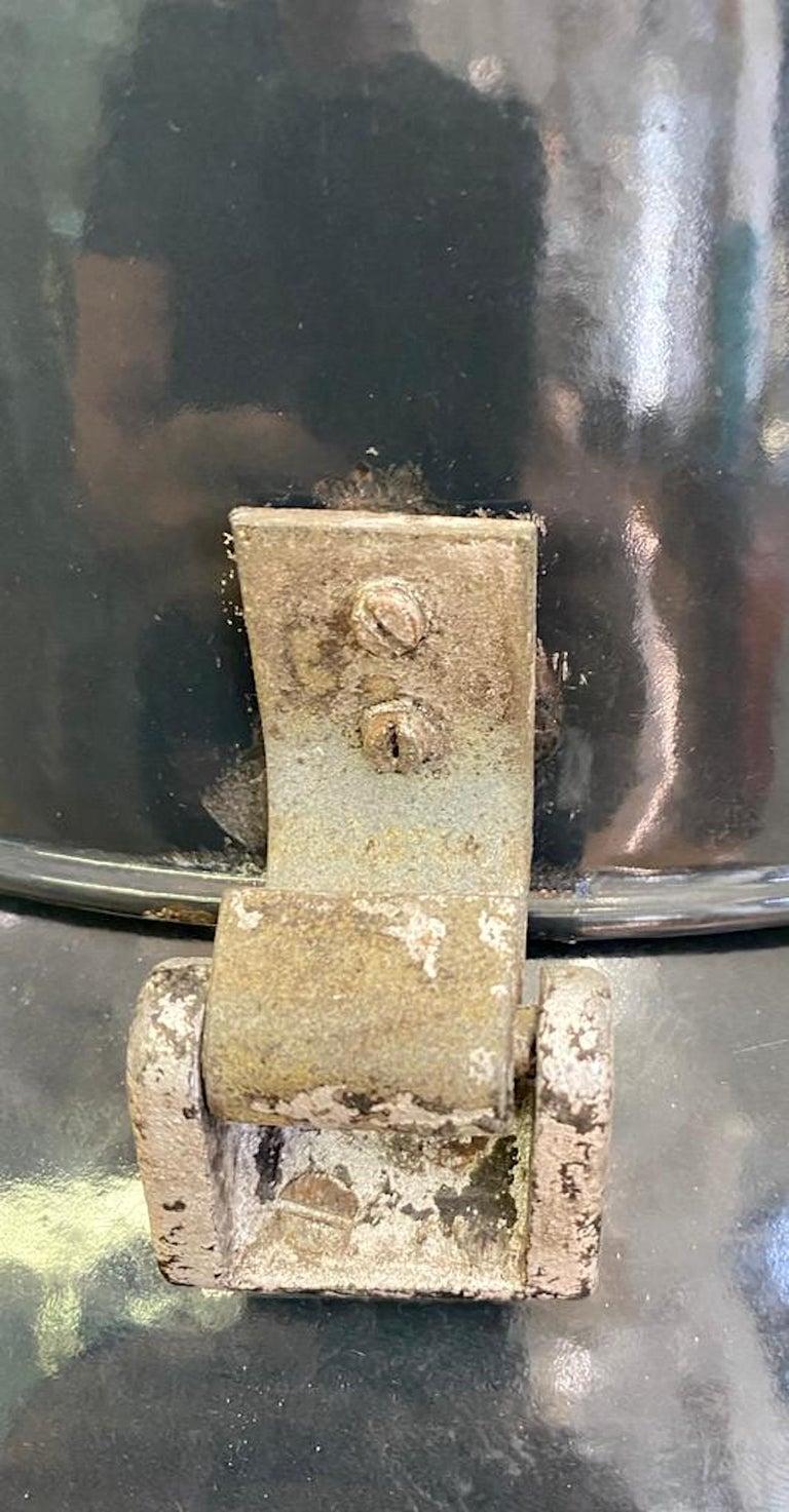 Italian 1940s Large Industrial Factory / Warehouse Enamel Lantern For Sale 4