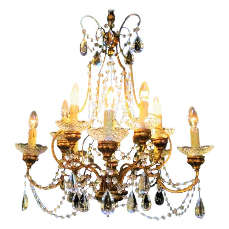 Italian 1940s Neoclassical Ten-Light Giltwood Pear Crystal Chandelier For Sale