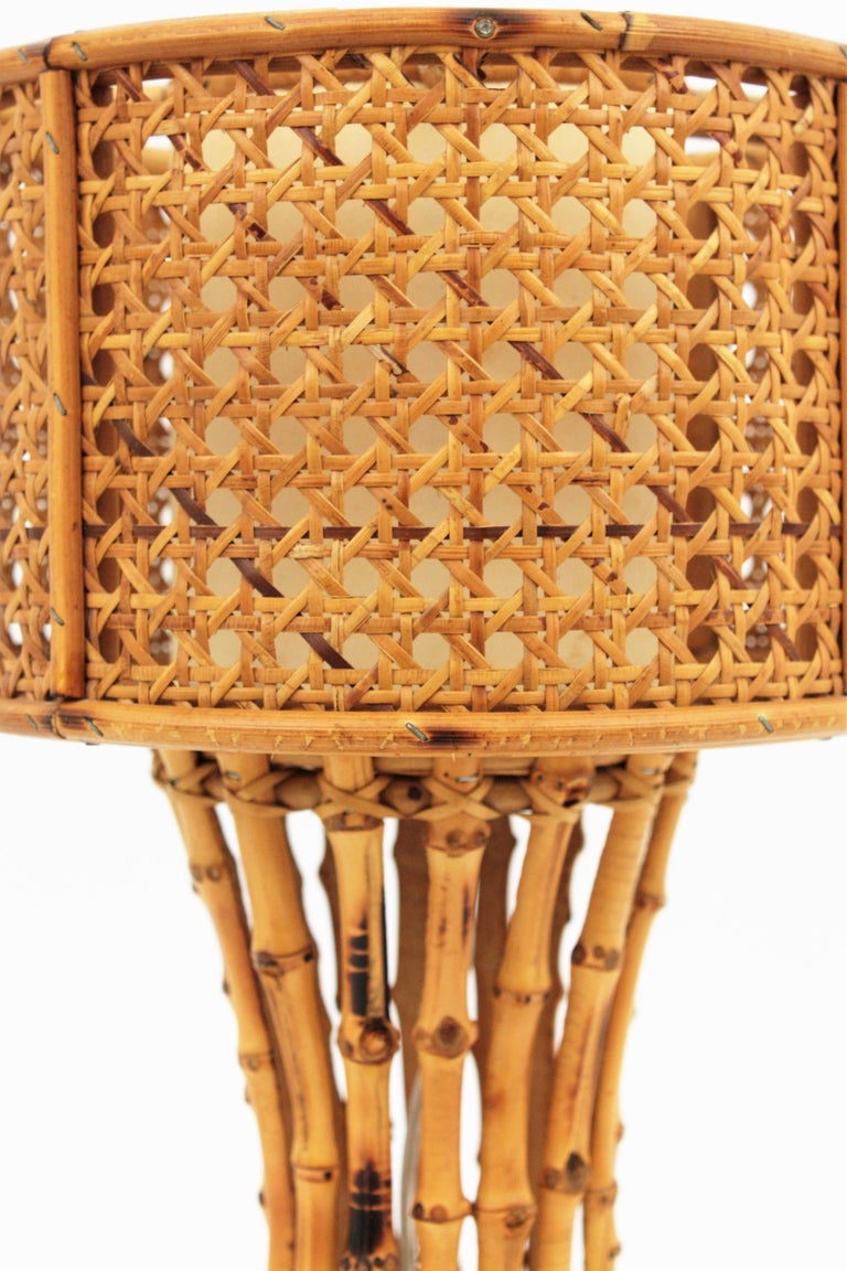 Italian 1950s Chinoiserie Style Bamboo Wicker and Rattan Table Lamp For Sale 6