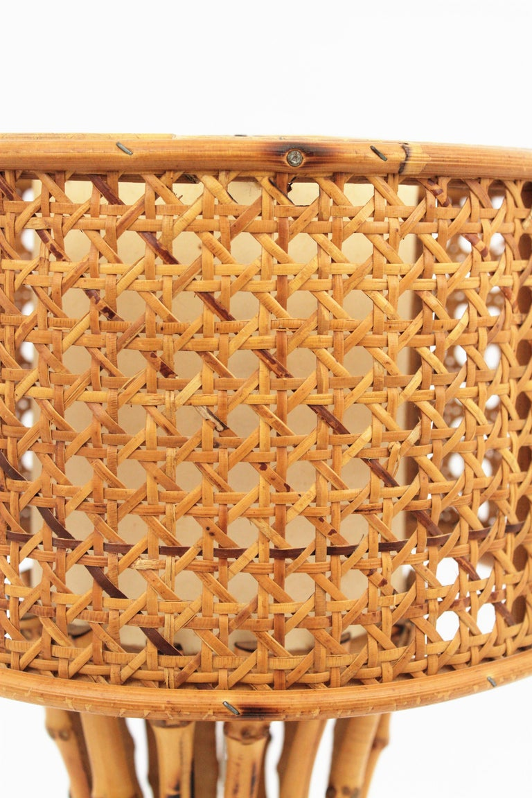 Italian 1950s Chinoiserie Style Bamboo Wicker and Rattan Table Lamp For Sale 9