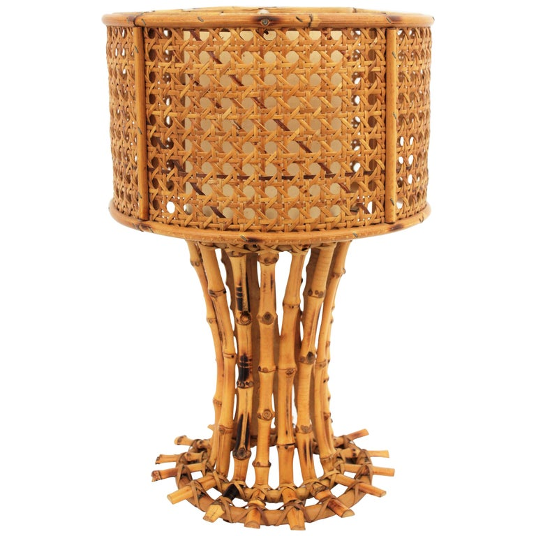Italian 1950s Chinoiserie Style Bamboo Wicker and Rattan Table Lamp For Sale