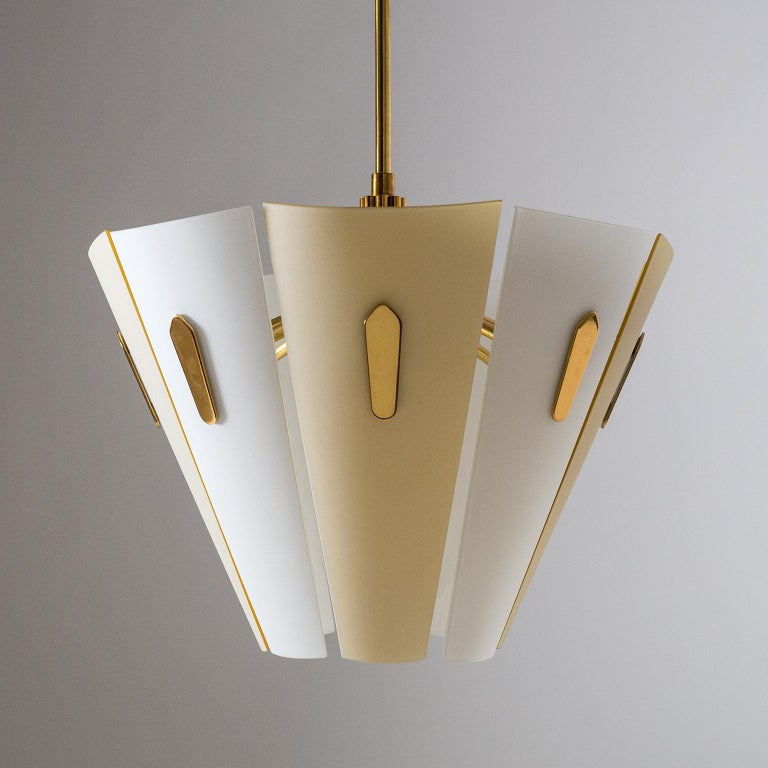 Italian Dual Color Glass Chandelier, 1950s  For Sale 2