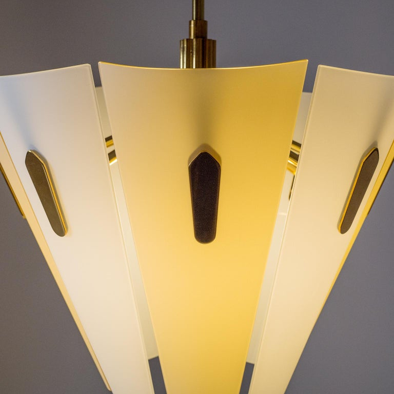 Italian Dual Color Glass Chandelier, 1950s  For Sale 3