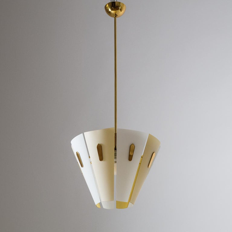 Italian Dual Color Glass Chandelier, 1950s  For Sale 7