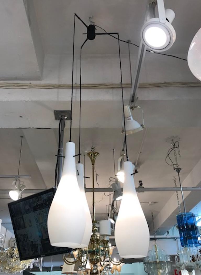 Italian 1950s Triple Pendant Chandelier For Sale 11