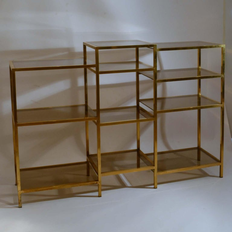 Italian 1960s Brass Multileveled Étagère Shelving Unit Attributed by Romeo Rega For Sale 1