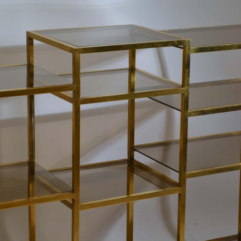 Italian 1960s Brass Multileveled Étagère Shelving Unit Attributed by Romeo Rega For Sale 2