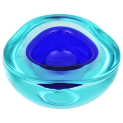 Italian 1960s Seguso Klein Blue and Clear Blue Sommerso Murano Glass Geode Bowl