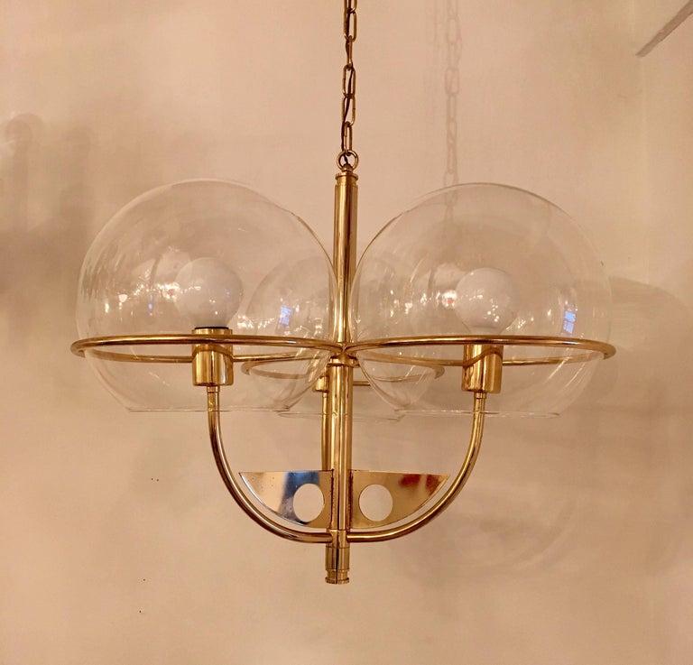 Mid-Century Modern Italian 1970 High Style Brass Pendant For Sale