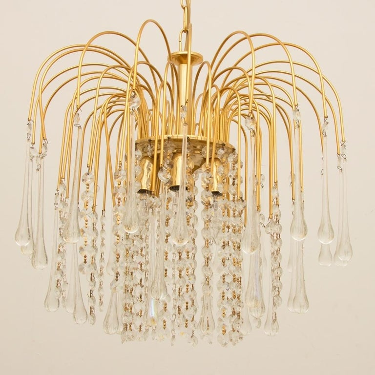 Late 20th Century Italian 1970s Gold-Plated Pendant Light For Sale