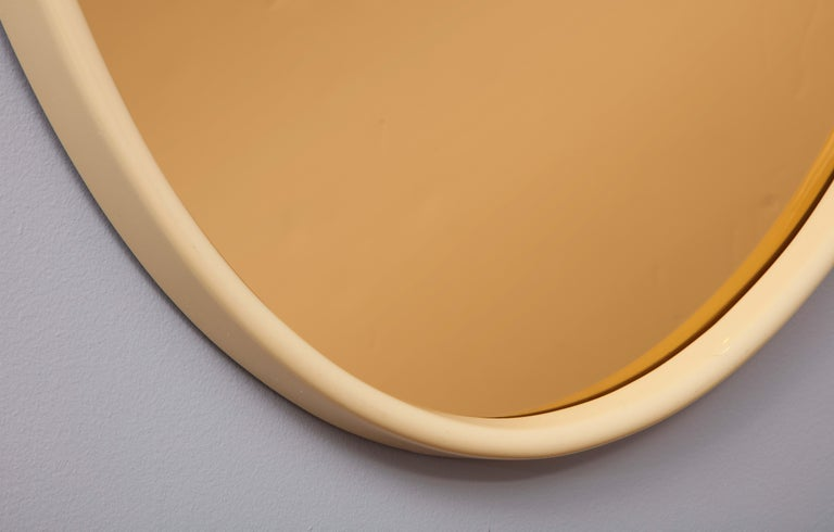 Mid-Century Modern Italian 1970s Lacquered and Rose Gold Glass Oval Mirror For Sale