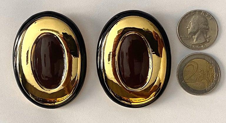 Italian 1980s Large Enamel on Gold Oval Bottom Earrings For Sale 1