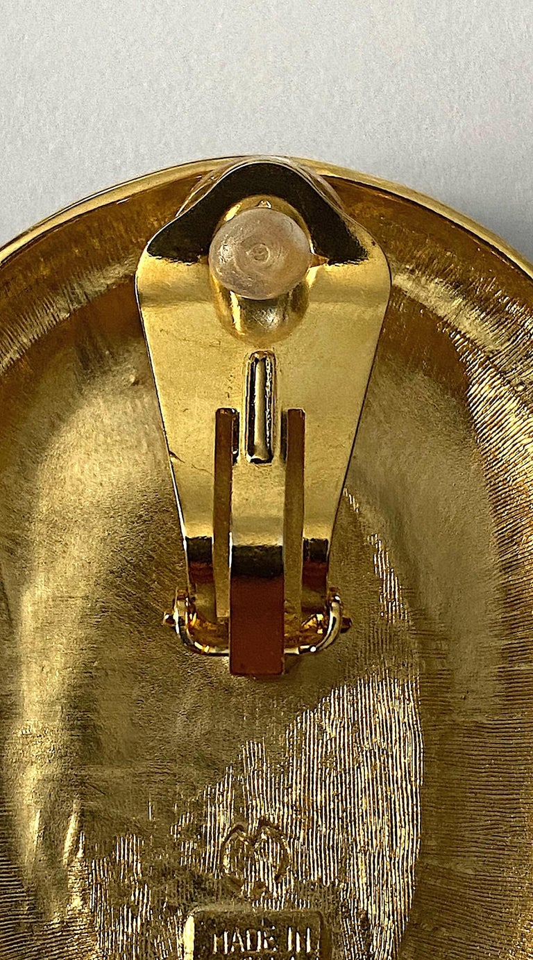 Italian 1980s Large Enamel on Gold Oval Bottom Earrings For Sale 4