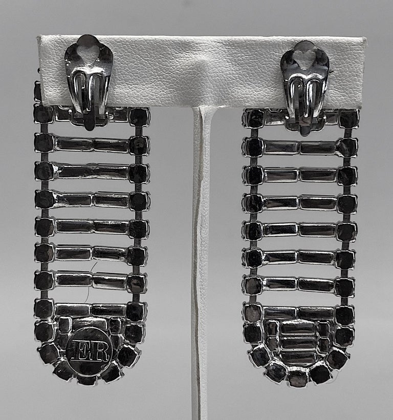 Women's Italian 1980s Rhodium and Rhinestone Oblong Earrings For Sale