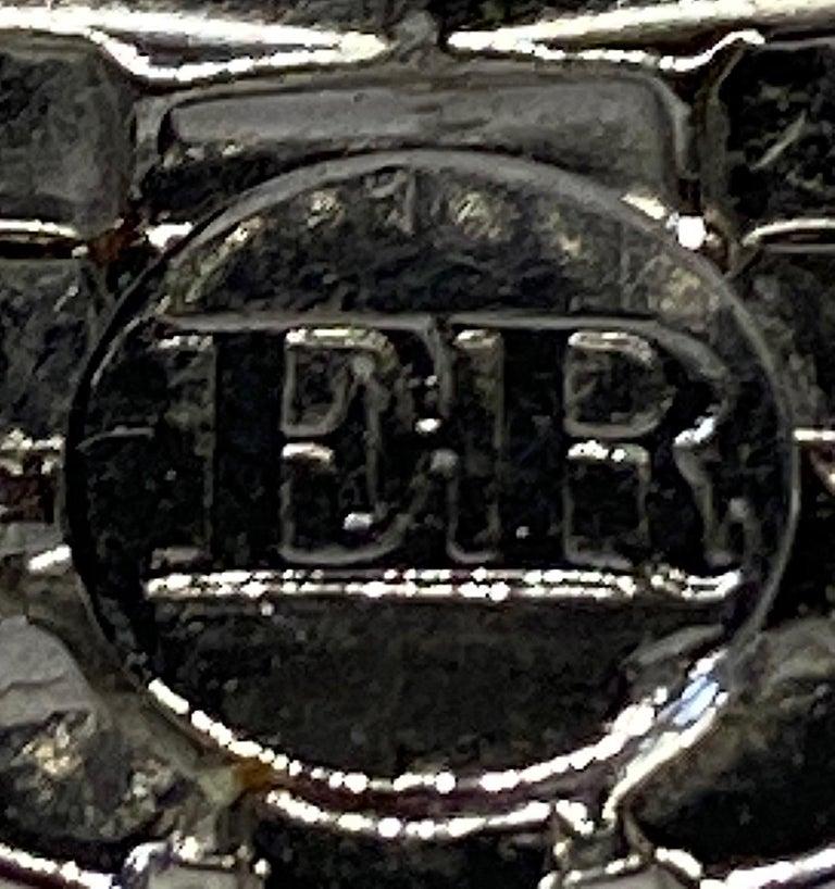 Italian 1980s Rhodium and Rhinestone Oblong Earrings For Sale 2