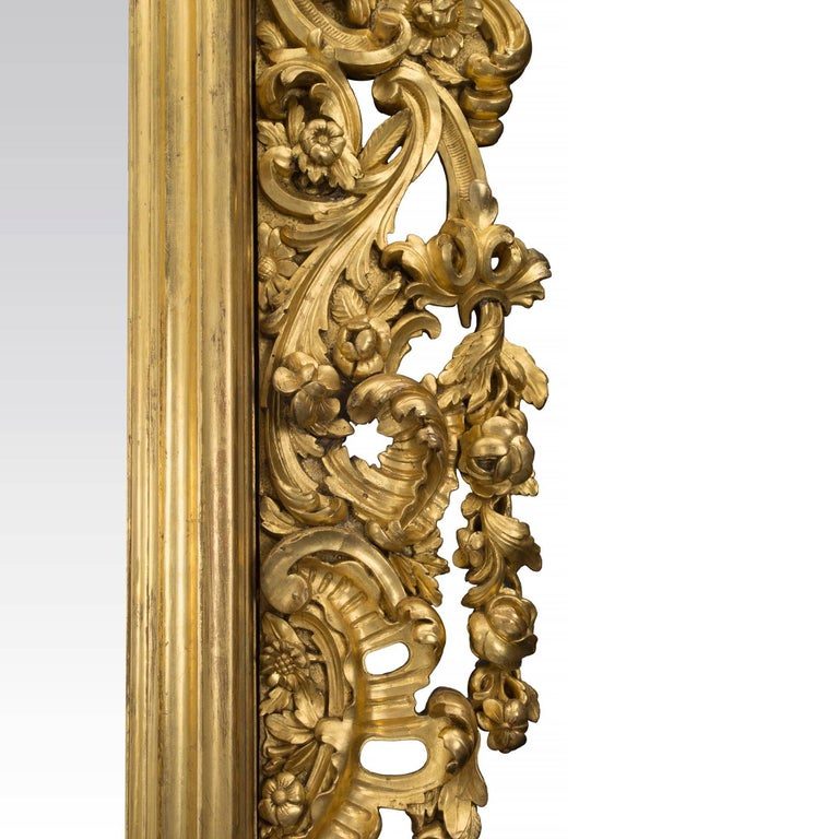 Italian 19th Century Baroque Style Giltwood Mirror For Sale 2