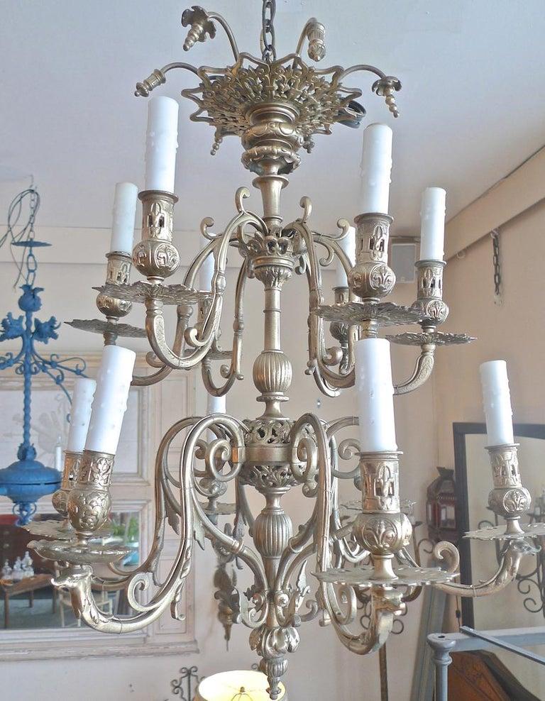 Italian 19th Century Bronze Chandelier with Twelve Lights For Sale 9