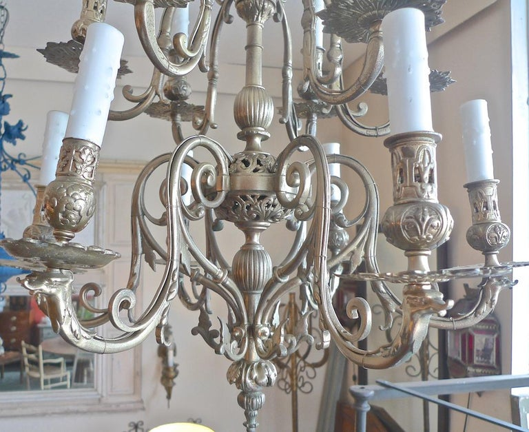 Hand-Painted Italian 19th Century Bronze Chandelier with Twelve Lights For Sale