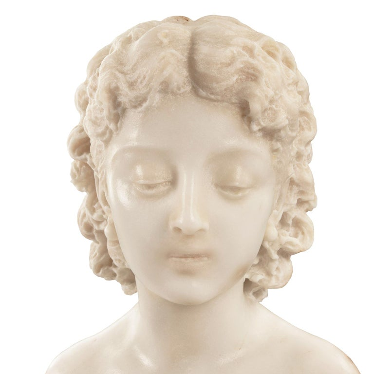 Italian 19th Century Carrara Marble Statue of a Young Girl For Sale 2