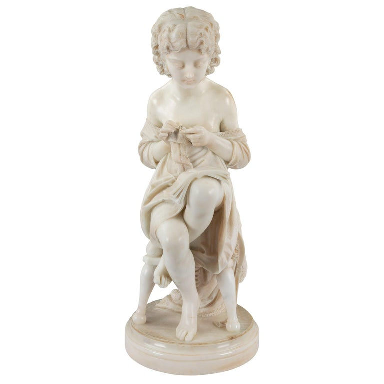 Italian 19th Century Carrara Marble Statue of a Young Girl For Sale