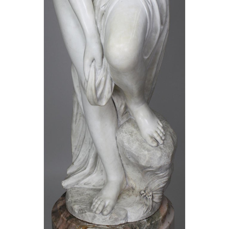 Italian 19th Century Carved White Marble Figure of the Bather or Bathing Venus For Sale 8