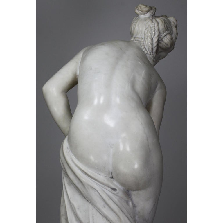 Italian 19th Century Carved White Marble Figure of the Bather or Bathing Venus For Sale 13